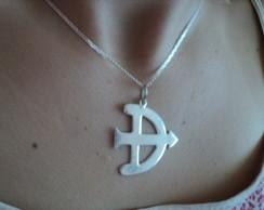 Pingente OF� de Oxoss� + cord�o prata..