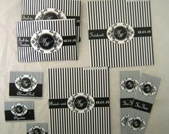 Kit Lavabo:Preto e Branco Monograma