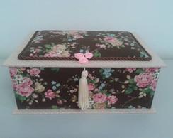 Caixa de Biju Francesa M�dia