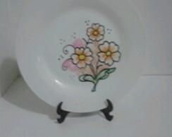 Prato de porcelana pintado � m�o