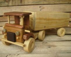 Caminh�o de madeira carreta