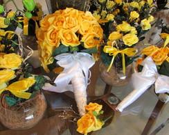 Kit Bouquet & vasinhos centro mesa