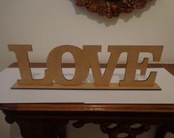 Palavra Love em mdf