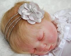 Faixa infantil strass prata & flor cetim