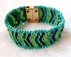 Pulseira Brick Stitch Tons de Verde