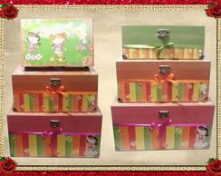 Conjunto de caixas meninas coloridas