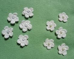 Florzinha croch� com p�rola pacotinho 50