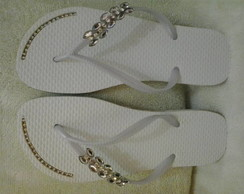 chinelo customizado piercing chatom 8 cm