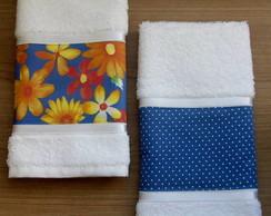 Kit C/ 02 Toalhas de Lavabo Floral