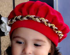 ... Boina Infantil Vermelha com Flor Branca 9be3fa22d30