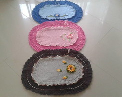 tapete de duas cores com flor