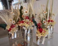 Vasinho de flores secas Tam. P