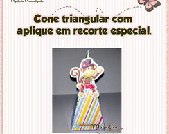 Cone triangular com apique