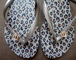 Chinelo Havaianas On�a