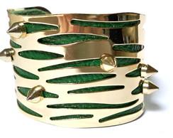 Bracelete Couro E Metal Com Spikes