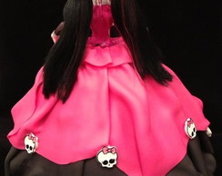 Bolo monster high Dracolaura