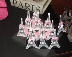 Caixa triangular personalizada Paris