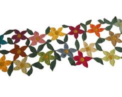 "Caminho de mesa de croch� ""Floral"""
