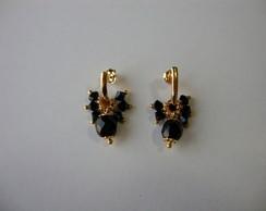 Brincos cacho de cristais pretos