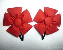 Par De Flores Vermelhas