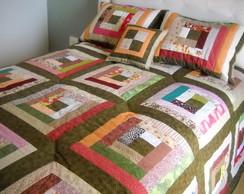 Colcha queem + Travesseiros/ Almofada