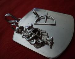 Medalh�o OXOSS� C OF�  EM PRATA ...