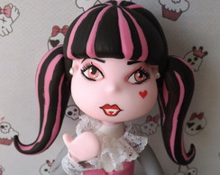 DRACULAURA- MONSTER HIGH