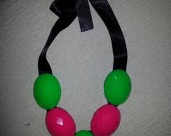Maxi Colar Verde e Rosa
