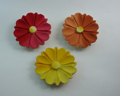 Flores de madeira pintada