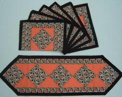 Caminho de mesa preto-laranja-mar