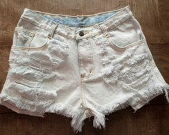 Shorts Jeans Branco Destroyed, Detonado
