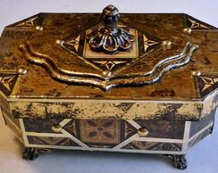Caixa Cromagem Estilo Medieval