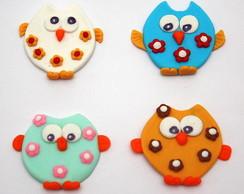 Aplique corujas em biscuit.