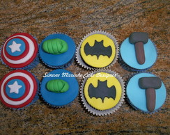 Cupcakes recheados e decorados