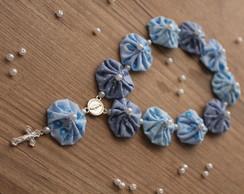 Mini ter�o de fuxico azul-pastel misto