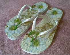 Chinelo decorado Flores Champagne