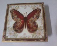 Caixa de madeira decorada borboleta
