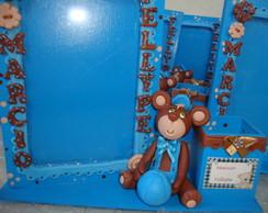 urso marrom e azul