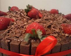 Torta Del�cia de Chocolate e Morangos