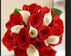 Buqu� com rosas e copo de leite!