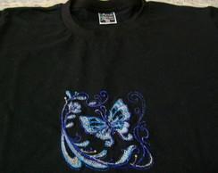 Camiseta Preta Bordada - Borboleta