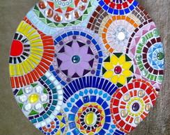 Mandala multicolorida em mosaico