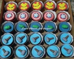 Bolo e Cupcakes Os Vingadores