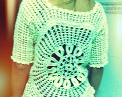 Blusa em linha de croch�