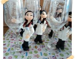 formandas em medicina,na ta�a de vidro
