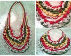Colar em Crochet Colorido