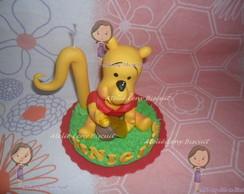 Topo de bolo urso pooh em biscuit