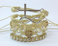 Kit pulseiras crucifixo e infinito bege