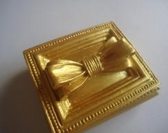 Porta j�ia ou am�ndoas dourado