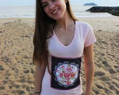 Camiseta  -  Aplica��o  Tecido Floral
